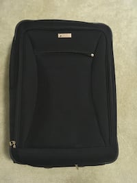 London Fog luggage  1220 mi