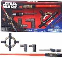 Hasbro Star Wars Bladebuilders Spin-Action Lightsaber (NEW)