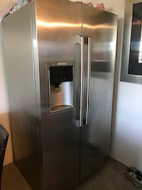 stainless steel side-by-side refrigerator with dispenser Langley, V3A 4B2