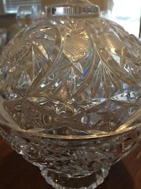 Clear cut glass bowl with lid