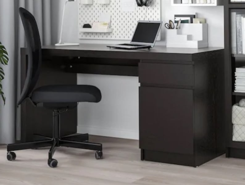 Ikea Malm Office Desk 97b62ef2-ea59-401f-b724-701dc1be7236