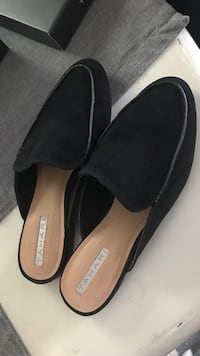 pair of black leather flats Tacoma, 98407
