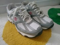 pair of white-and-gray Adidas sneakers Hamilton, L9A 5H1
