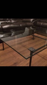 Gorgeous Glass and Iron Table  Kelowna, V1Y 2X5