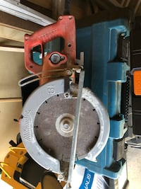 "Milwaukee 8 1/4"" worm gear saw Works perfect. Concrete saw."