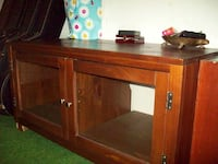 Solid wood tv stand Midland, L4R 5J6