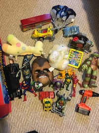 assorted plastic toys and toys Gatineau, J8T 8A2