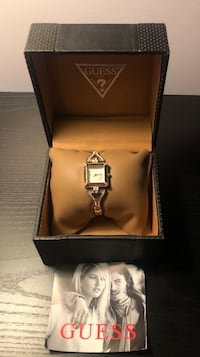 Ladies Guess Watch in Box  Stow