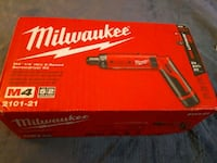 Milwaukee 1/4 screwdriver kit  Markham, L3S 2G5