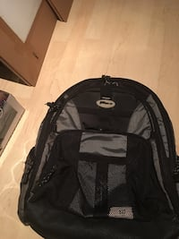 Black and gray back pack Toronto, M5A 4T1