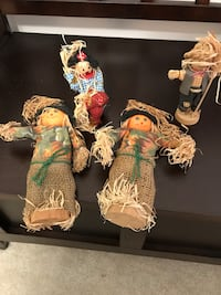 """Set of 4 straw and wood scarecrow figures 2 are 8"""" H x 2""""W Sterling, 20166"""