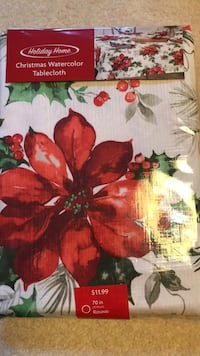 Round 70 inch Christmas tablecloth  Zanesville, 43701