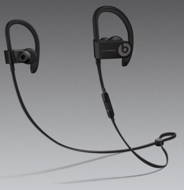 black and gray Beats by Dre earphones