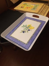 Set of place mats and serving tray Kingston, K7L 4G1