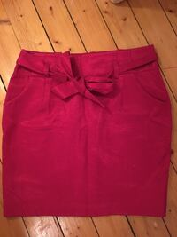 Festive pink skirt with pockets size 38 - falls above knee
