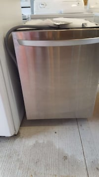 Stainless dishwasher 150.00 call  [PHONE NUMBER HIDDEN]  London, N6J 1W6