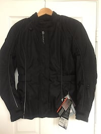 black zip-up jacket Woodbridge, 22193