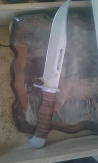 gray and brown knife