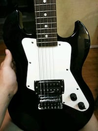 Adem Levine designed electric guitar, first act Summerfield, 34491