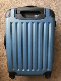 Kenneth Cole Reaction Carry-on Luggage Calgary