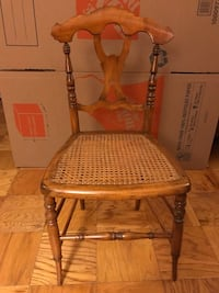 2 Small Wooden Chairs (Set) 27 km