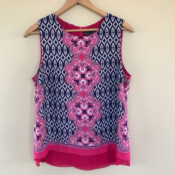 bbdd3cb36c1103 Used Rose and Olive Pink Tribal Print Tank Top for sale in Amberley - letgo