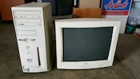 white CRT TV with remote Union City, 94587