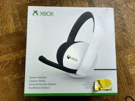 Cracked Official Microsoft Xbox Stereo Headset – White