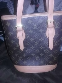 louis vuitton monogram canvas tote bag Seattle, 98103