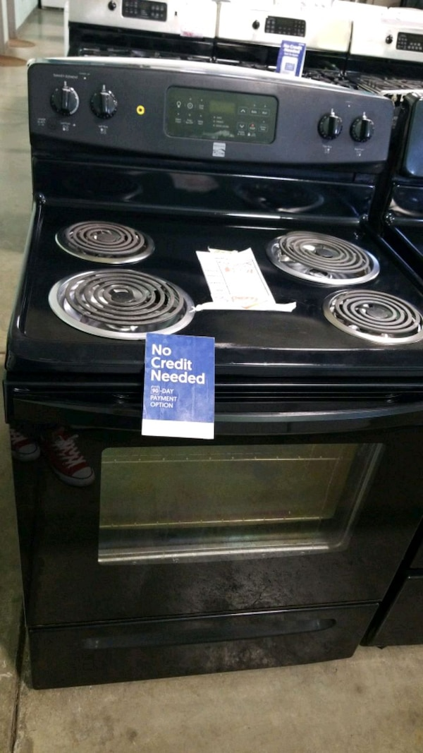 kenmore electric Stove 30inches.  6fb809a3-eb94-48be-9084-3e3d44d6abf8