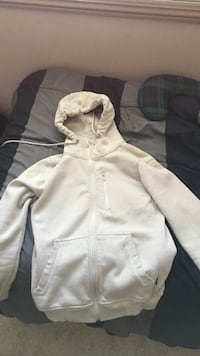 White pullover hoodie Size Small Edmonton, T6W 0H1