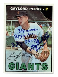 Gaylord Perry Hand Signed 1967 Topps Baseball Card