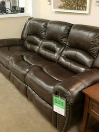 Top grain leather reclining sofa 88x40x41h Wilkes-Barre, 18702