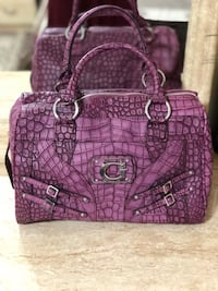 Guess original Purple and pink leather tote bag  Pickering, L1V 4Y1