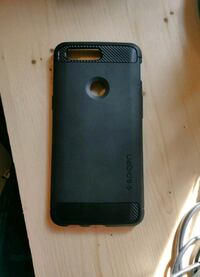 One Plus 5T rubber phone case. Good quality. Vancouver, V6Z 2W1