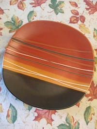 round brown wooden table top Severn, 21144