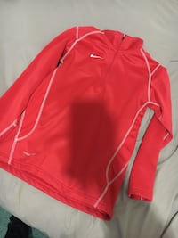 red and white Nike pullover hoodie Odessa, 79762