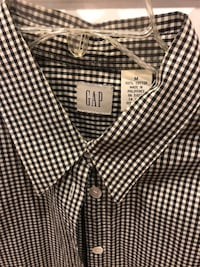 Gap gingham long sleeve button down shirt Gaithersburg, 20879