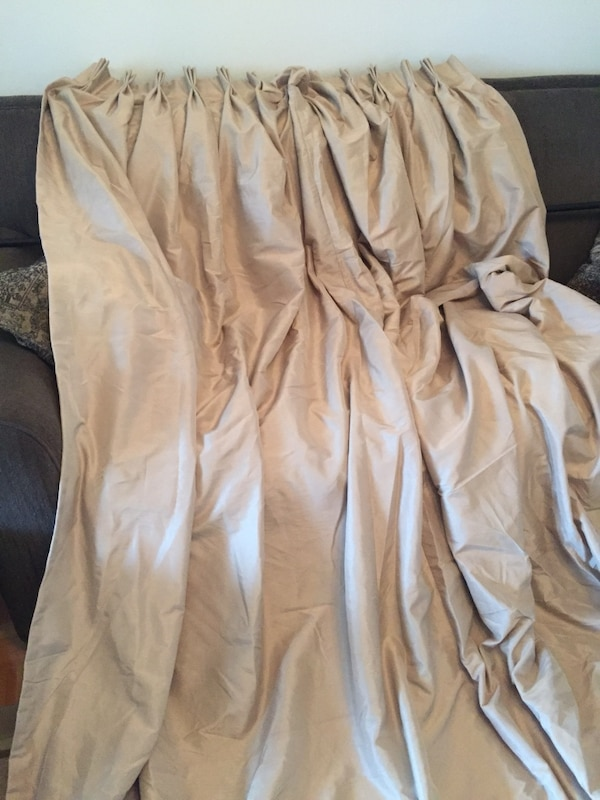 Curtains - 2 panels 22a36391-f809-414c-a9ee-21bfe8e51693