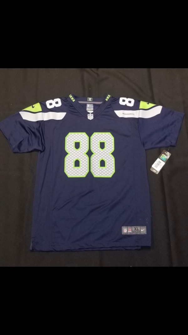 2592a9995 Used Jimmy Graham Seahawks jersey size for sale in Lutz - letgo