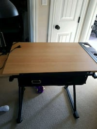 Drawing desk euc Stony Plain, T7Z 0C9