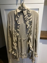 Woman's open cardigan size XL  London, N6M 0E5
