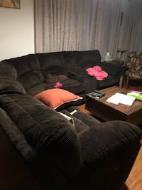 Sectional recliner sofa Lutherville Timonium, 21093