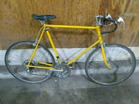 Vintage Schwinn Yellow Road Bike Spokane, 99203