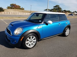 2011 MINI Cooper Hardtop S Only 82K Miles A/T - CLEAN CARFAX!