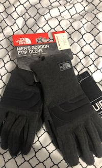 North face gloves Vancouver, V6B 1T8