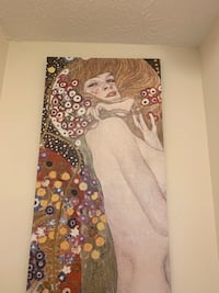 Klimt canvas   Very nice and light. Have other Klimt wall pictures available  Hoschton, 30548