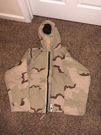 white and gray camouflage zip-up hoodie Clarksville, 37042