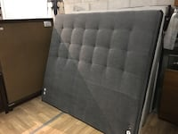 Grey fabric queen headboard sale 米西索加, L5T 1K4
