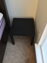 End Table Manassas, 20109
